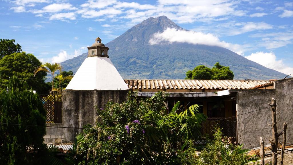 Antigua, Vulkan Agua