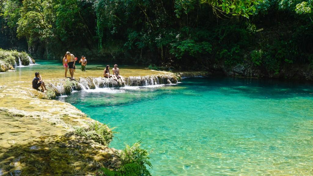 Semuc Champey, Wasserfälle
